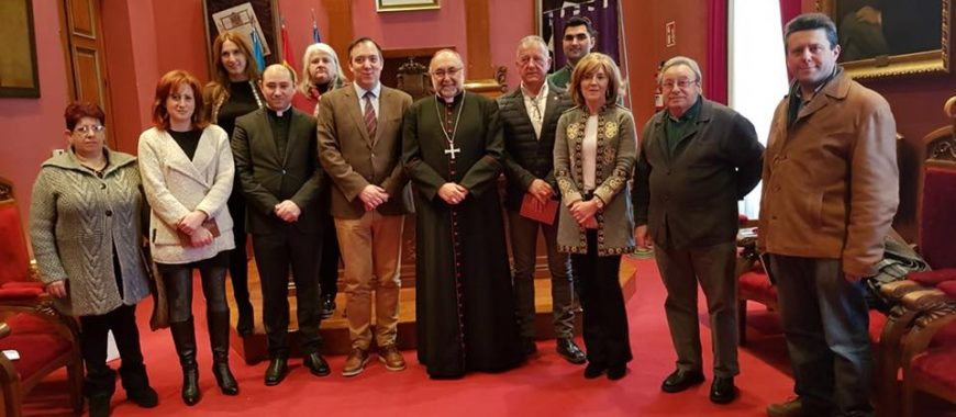 Acto institucional en el Ayuntamiento de Villaviciosa