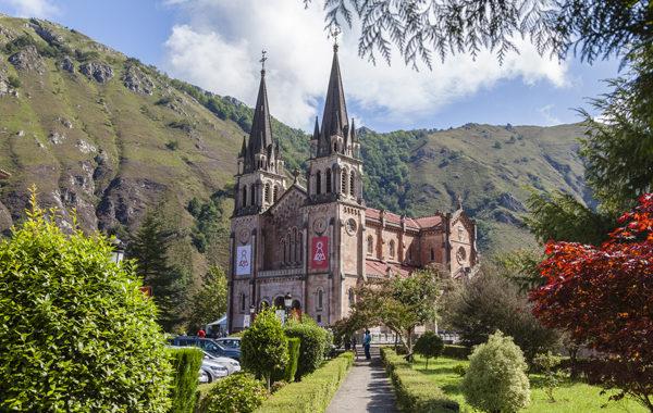 Horario de verano de las celebraciones en Covadonga
