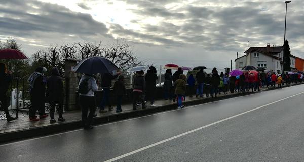 Caminata solidaria en Llanera