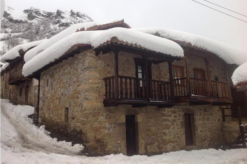 Casa natal de San Melchor de Quirós en Cortes