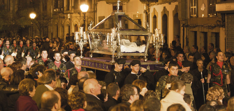 La Cofradía de Semana Santa Jesús Nazareno, de Villaviciosa, celebra sus tres siglos y medio de vida