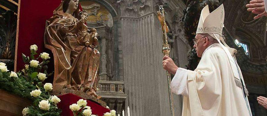 """El Papa Francisco introduce en el Calendario Romano la memoria litúrgica de """"María, Madre de la Iglesia"""""""
