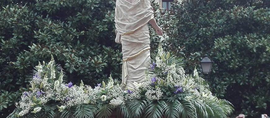 «No termina el domingo el gozo de la resurrección, sino que precisamente empieza, o mejor dicho, nunca terminó»
