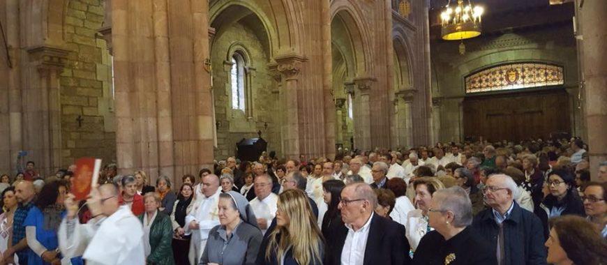 Voluntarios y trabajadores de Cáritas Asturias celebran en Covadonga el Día de la Caridad