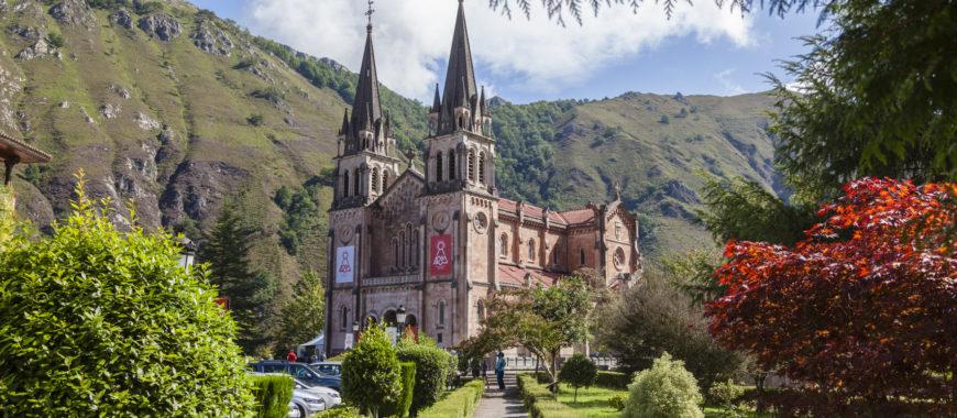 Conversaciones en Covadonga