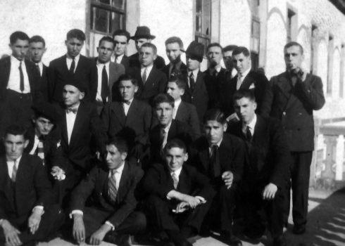 Mariano Suárez en Valdediós (primero por la izquierda) 1929