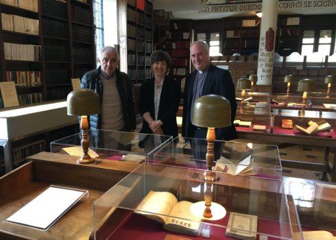 Exposición Autores Asturianos Biblioteca Seminario
