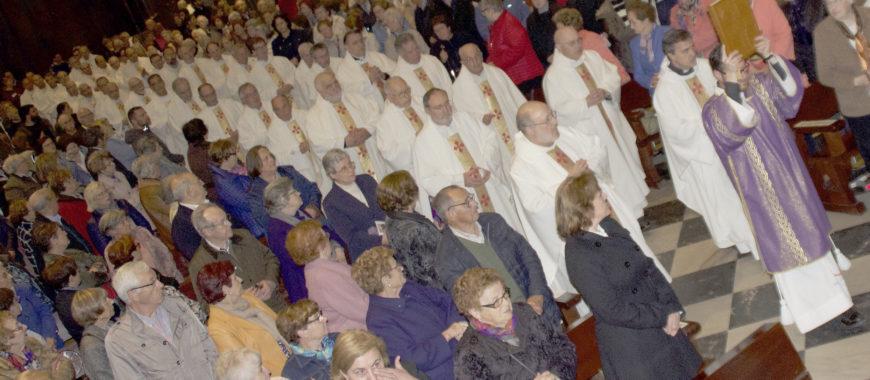 Funeral por Mons. Juan Antonio Menéndez en la Catedral de Oviedo