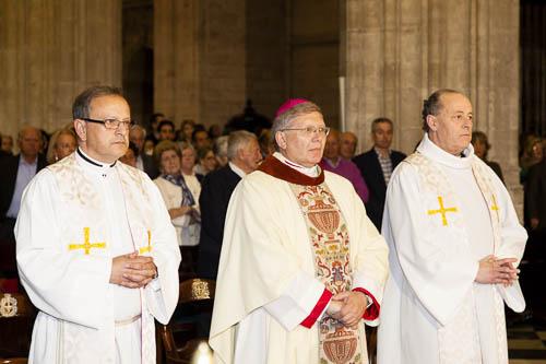 Ordenación episcopal de Mons. Juan Antonio Menéndez en la Catedral de Oviedo, abril 2013