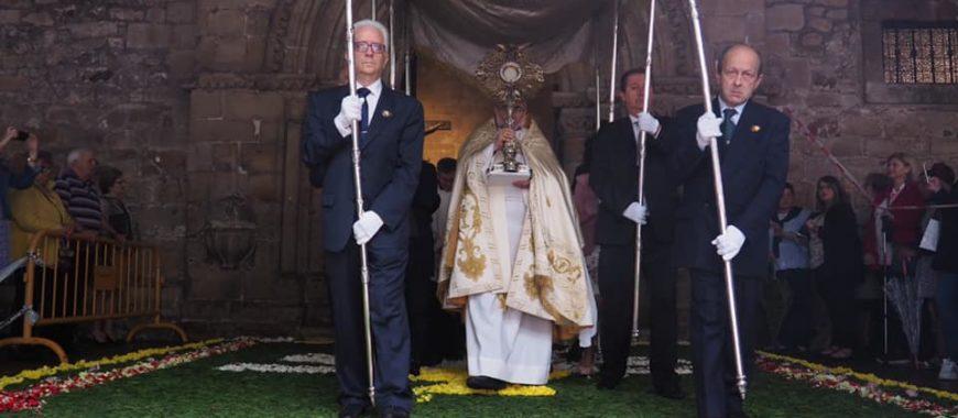 Homilía de Mons. Jesús Sanz en la solemnidad del Corpus, en Avilés