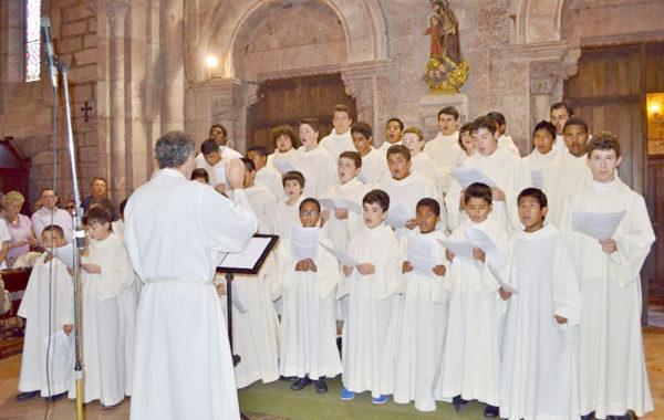 La escolanía de Covadonga, a punto de cumplir los 75 años