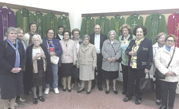 Las Marías de los Sagrarios exponen su obra