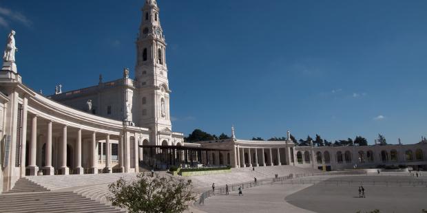 Rezo del Rosario desde Fátima y consagración al Inmaculado Corazón de María