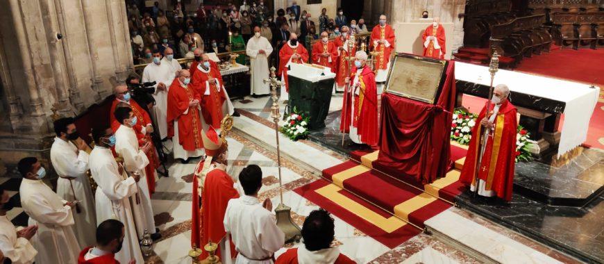 Finaliza el Jubileo de la Santa Cruz en la Catedral de Oviedo