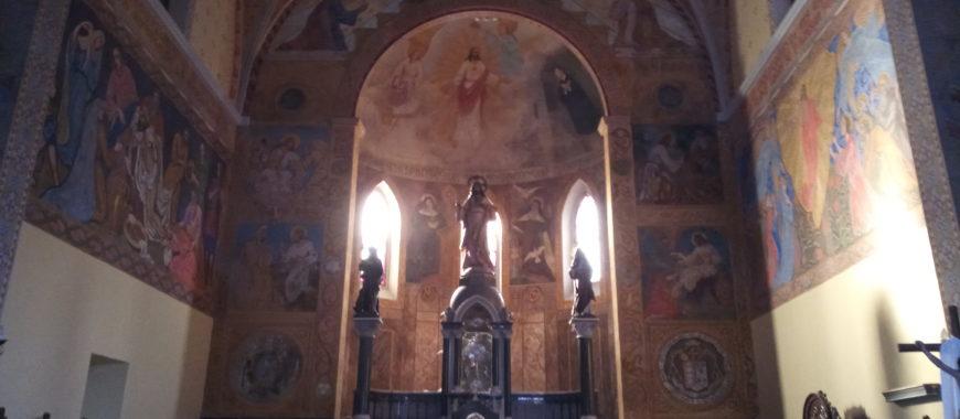 Restauración de pinturas en la iglesia del Sagrado Corazón de Villalegre