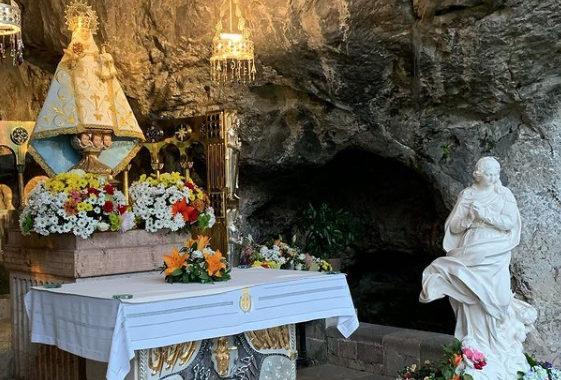 «Madre ven» llega a Covadonga